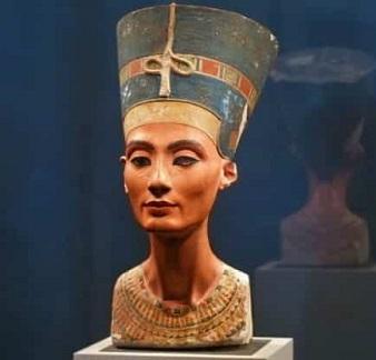 Nefertiti - Queen of Ancient Kemet (1292 BC to 1225 BC)